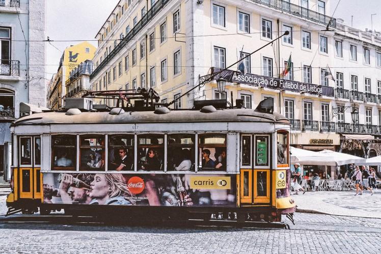 tram-2397884_1920